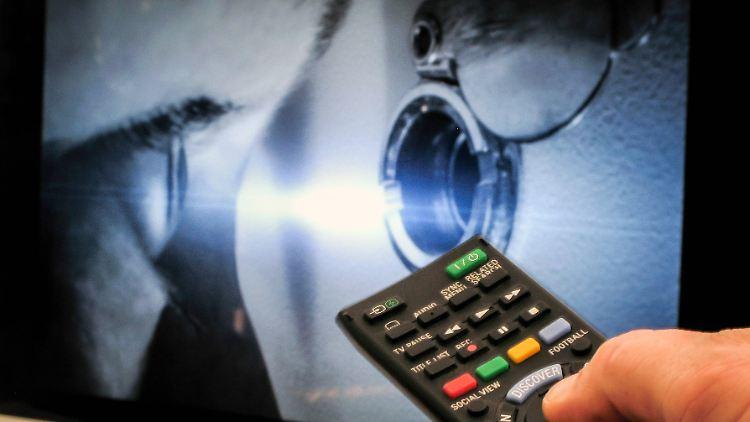 Smart-TV Spionage Guckloch.jpg