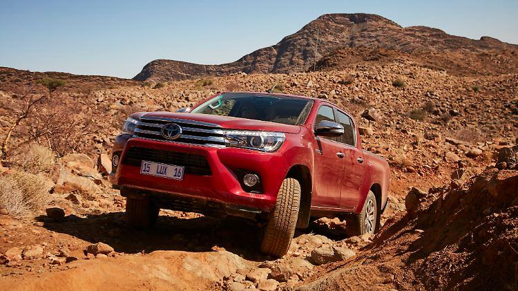 Toyota_Hilux_Namibia.jpg
