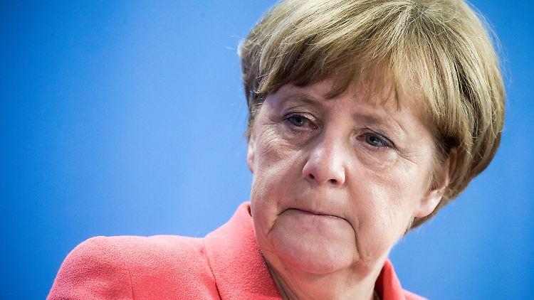 Merkel muss harte Kritik aus der Türkei einstecken.