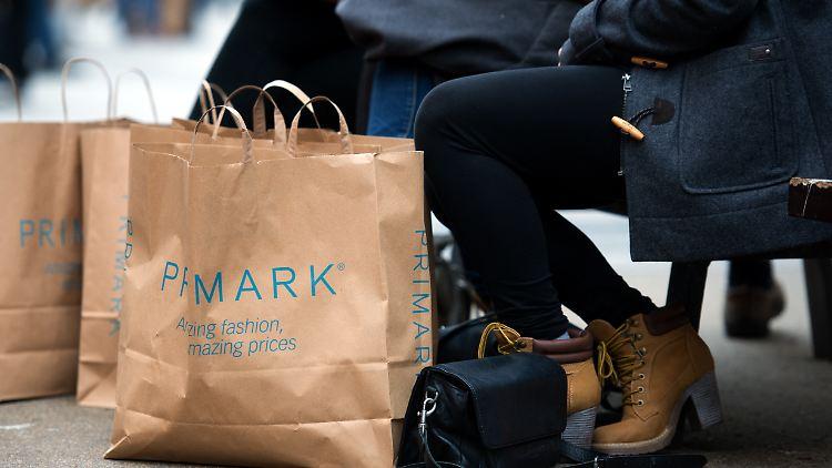 Primark will einen größeren Marktanteil für sich beanspruchen und das geht zu lasten der Konkurrenz.