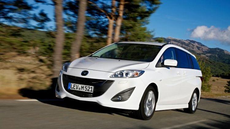 Mazda5_Zweite Generation Front.jpg
