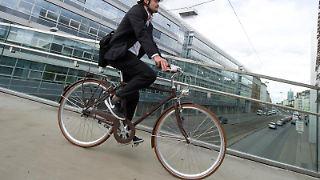 Stellt der Chef ein Dienstfahrrad zur Verfügung, können seine Mitarbeiter das Rad unter Umständen auch privat nutzen. Foto:Tobias Hase