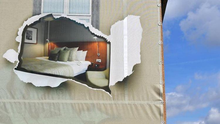 Eigentümergemeinschaften sollten bei Sanierungen genau prüfen, was Sondereigentum und was Gemeinschaftseigentum ist. Foto: Jens Kalaene
