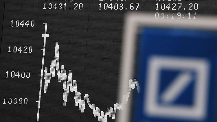 Deutsche Bank24.jpg