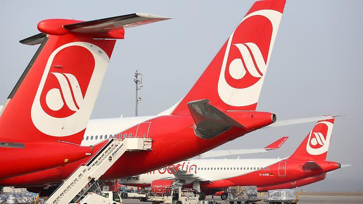 2011 wird Etihad größter Aktionär von Air Berlin.