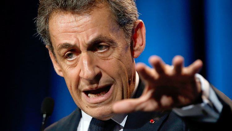 Über die vorsorgliche Internierung mutmaßlicher aber nicht straffällig gewordener Islamisten, will Nicolas Sarkozy nach einem Wahlsieg abstimmen lassen.