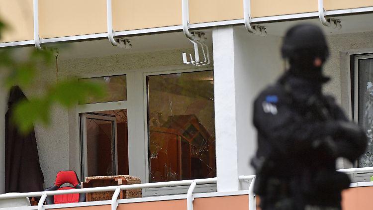 Am 09.10.2016 durchsuchte die Polizei eine weitere Wohnung in Chemnitz mit Spezialeinsatzkräften.