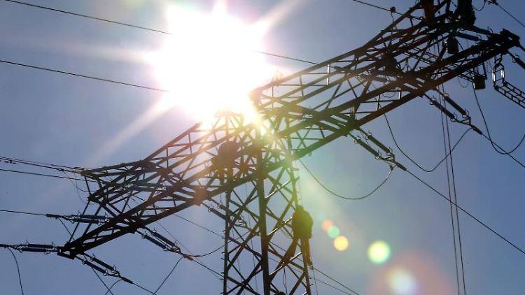 Strom wird wieder teurer. Foto: Jan Woitas