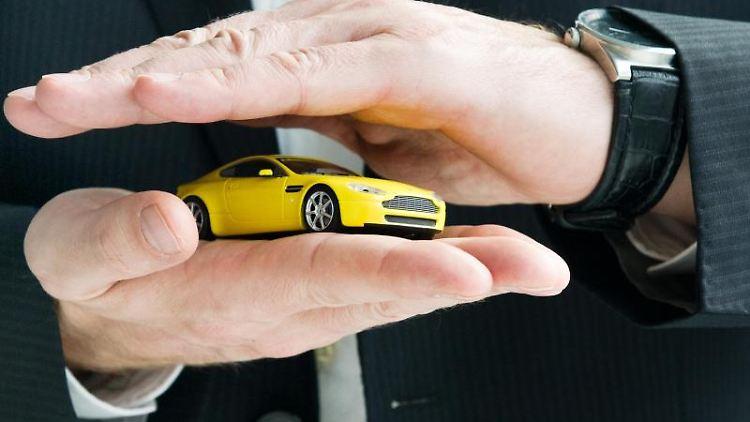 Schutz fürs Auto: Kfz-Versicherungen dürften bald teurer werden. Foto: Franziska Gabbert