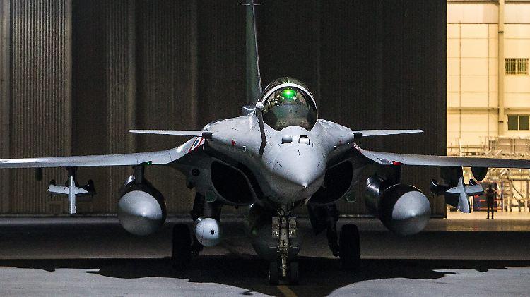 Einer Der Größten Aufträge Indien Will über 100 Kampfjets Kaufen
