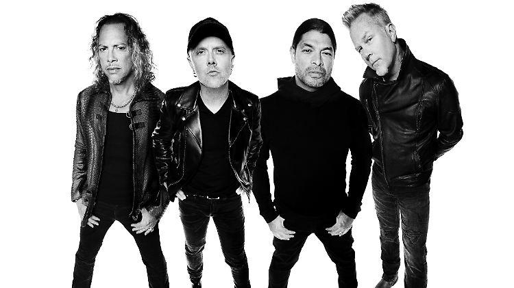 Metallica 2016 - CMS Source-1.jpg