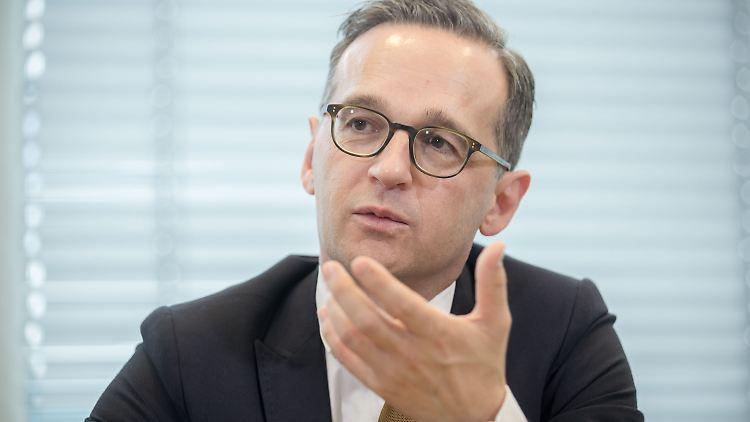 Bundesjustizminister Heiko Maas kann sich vorstellen auch über Fragen der Europa- und Migrationspolitik künftigt die Bürger abstimmen zu lassen.