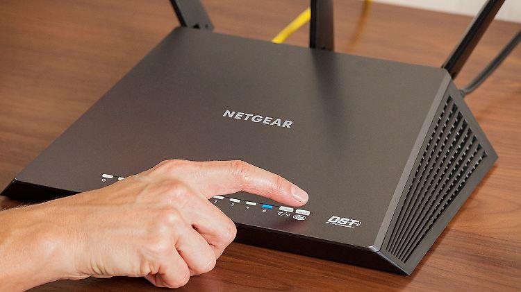 Netgear-R7300DST.png
