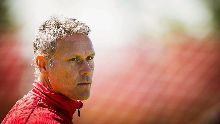 Wegen Nazi-Gruss: Van Basten aus FIFA20 gelöscht!