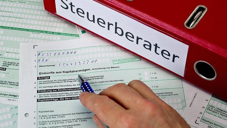 Keine Lust Auf Steuererklarung Das Kostet Hilfe Von Den Profis N