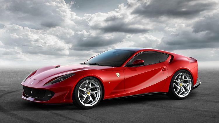 Ferrari_812_Superfast_1.jpg