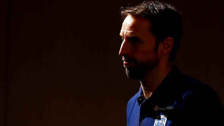 Englands Coach Greift Durch Southgate Der Liebe Harte