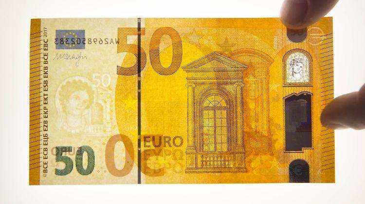Massnahme Gegen Falsche Funfziger Der Neue Euro Schein Ist Im