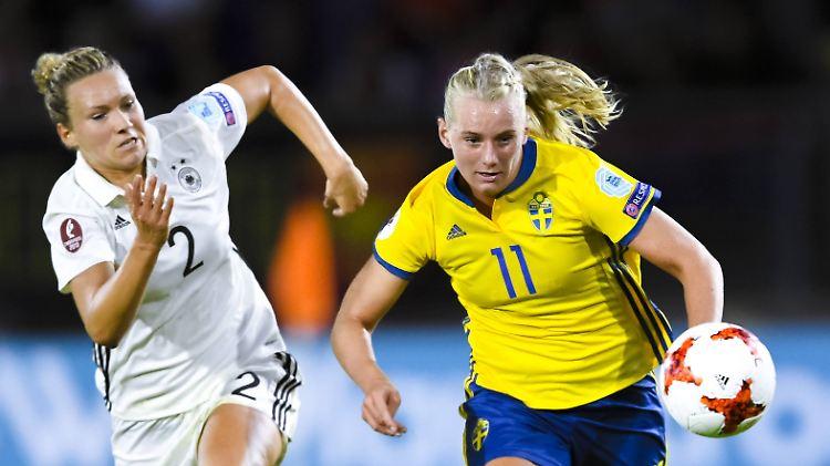 Em Auftakt Gegen Schweden Deutsche Fussballerinnen Stolpern