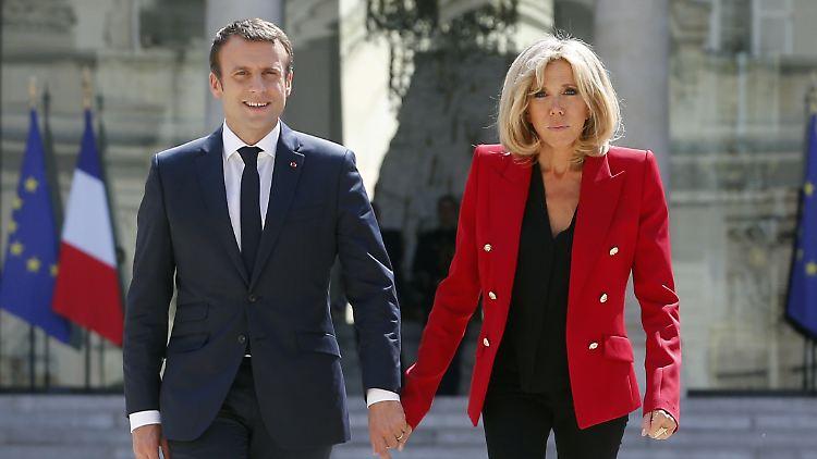 Eitelkeit Kommt Nicht Gut An Macron Gibt 26 000 Euro Fur Make Up