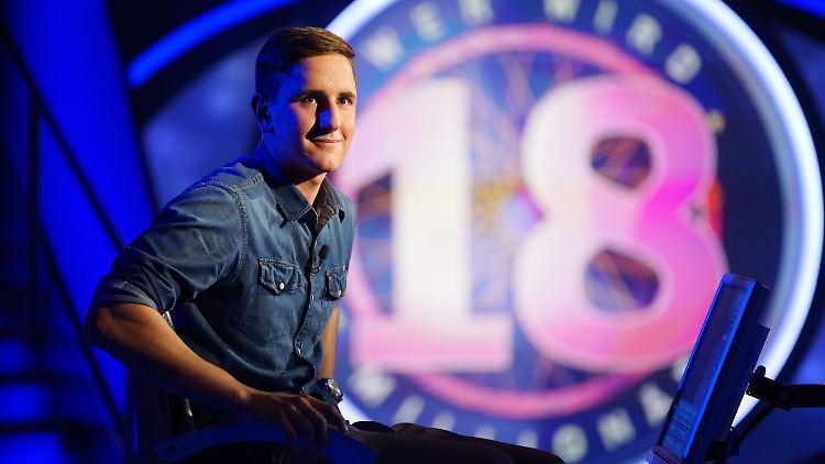 Millionäre Als Joker Jauch Feiert 18 Jubiläum Mit 18 Jährigen N