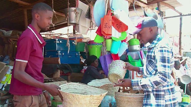 NairobiPlastiktüten.jpg