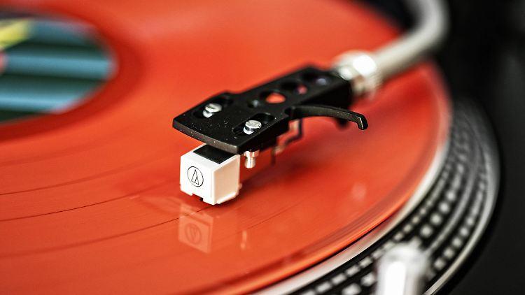 Schallplattenspieler.jpg