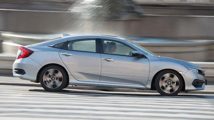 Honda_Civic_Diesel_2.jpg