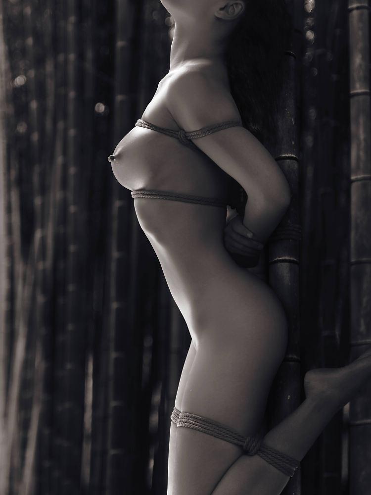 gehängte frauen nackt