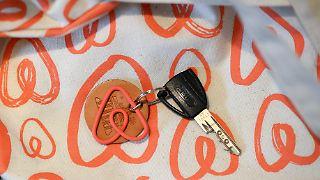 Airbnb vermittelt jährlich millionenfach Ferienunterkünfte privater wie auch gewerblicher Anbieter.