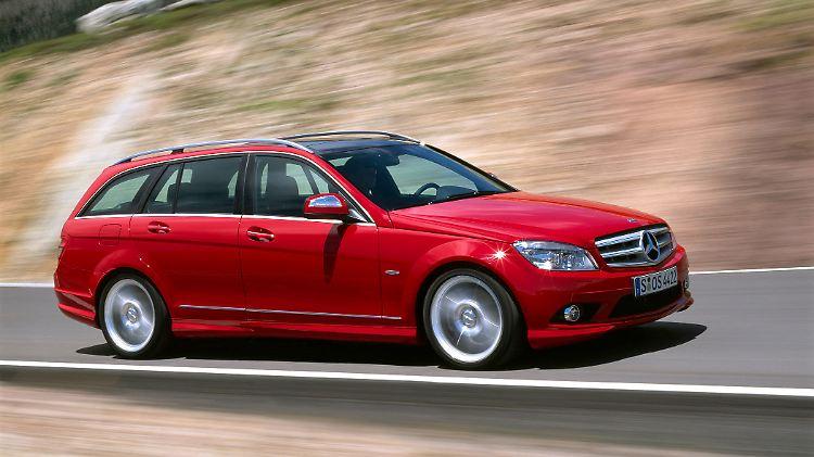 MercedesCKlasseTModell201101.jpg