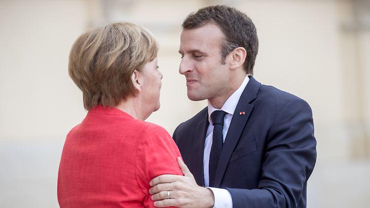 Merkel Macron.jpg