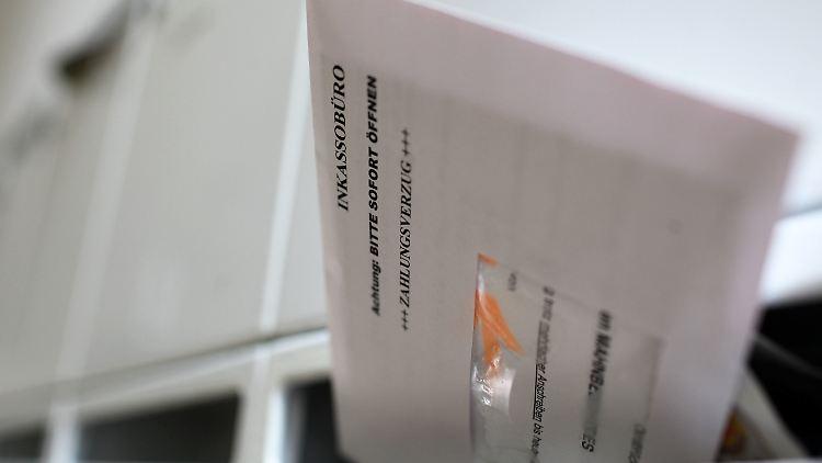 Studie Zu Steigenden Gebühren Inkassounternehmen Zocken Schuldner