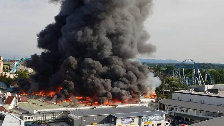 Trotz Großbrand Europapark öffnet Am Sonntag Wieder N Tvde