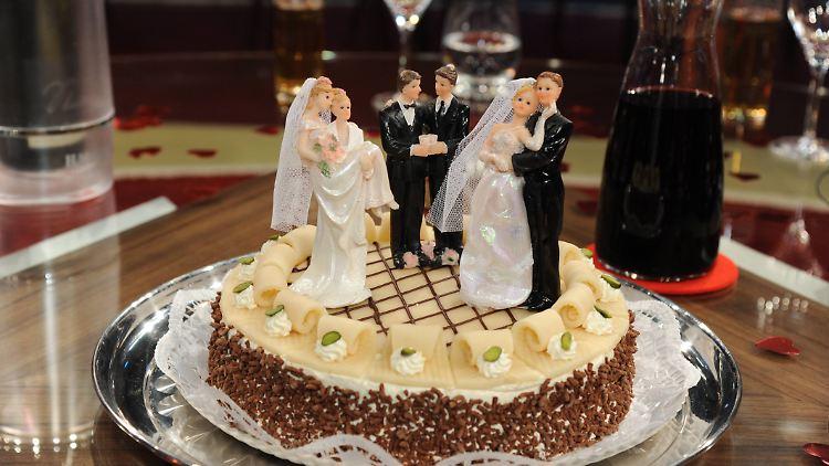 Keine Hochzeitstorte Fur Schwule Us Gericht Segnet Backer Veto Ab