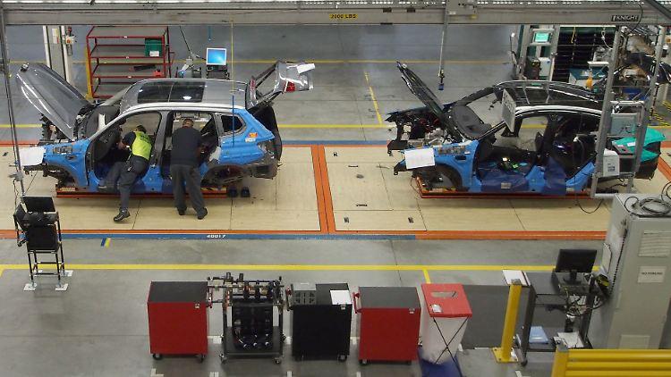 Als Folge eines Handelsstreits würden die Produkte teurer werden. Daimler hat bereits eine Gewinnwarnung auf US-Importautos herausgegeben.