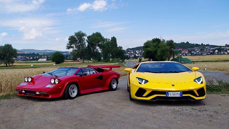 Lamborghini_Countach_LP_500S_Aventador_S_Doppel_VO.JPG