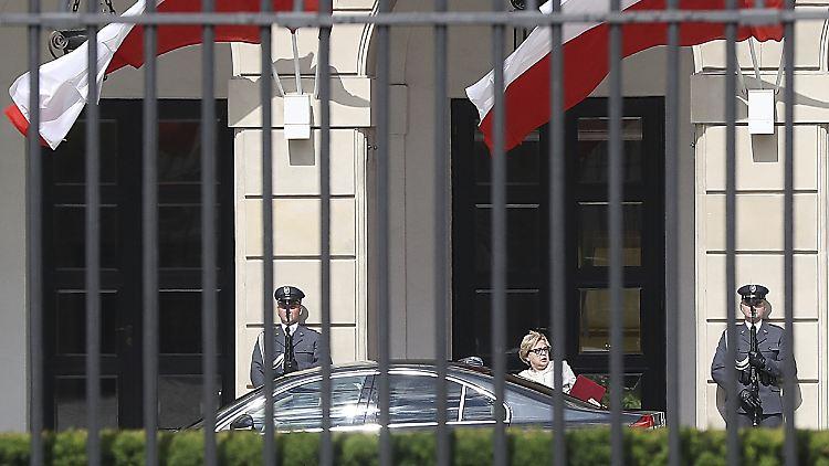 Malgorzata Gersdorf, Polens Oberste Richterin, widersetzt sich ihrer Zwangspensionierung:
