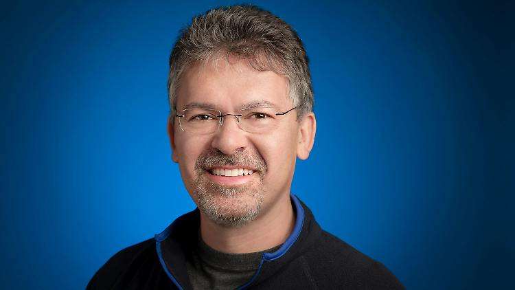 John Giannandrea gilt als führender Experte für künstliche Intelligenz und war im April nach acht Jahren bei Google zu Apple gewechselt.
