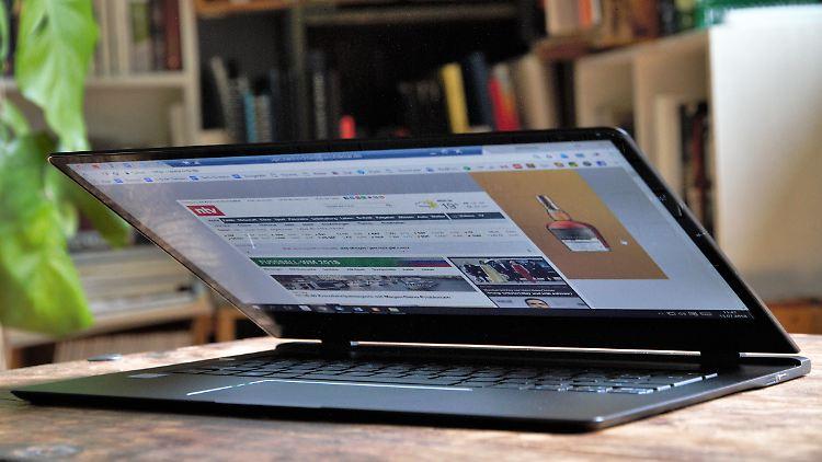 Acer Swift 7 2.jpg