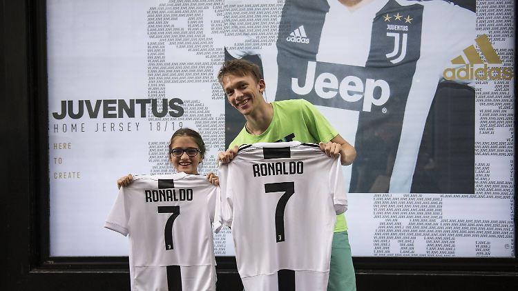 new style a5b1e 64e9e Streiks und Millioneneinnahmen Juventus hebt die Ronaldo-Goldgrube aus