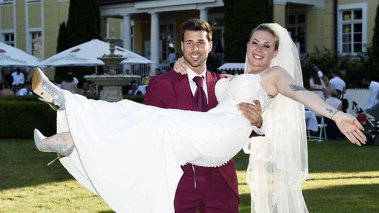 Betrunken Im Bett Bachelor Freiers Verkorkste Hochzeitsnacht N Tv De