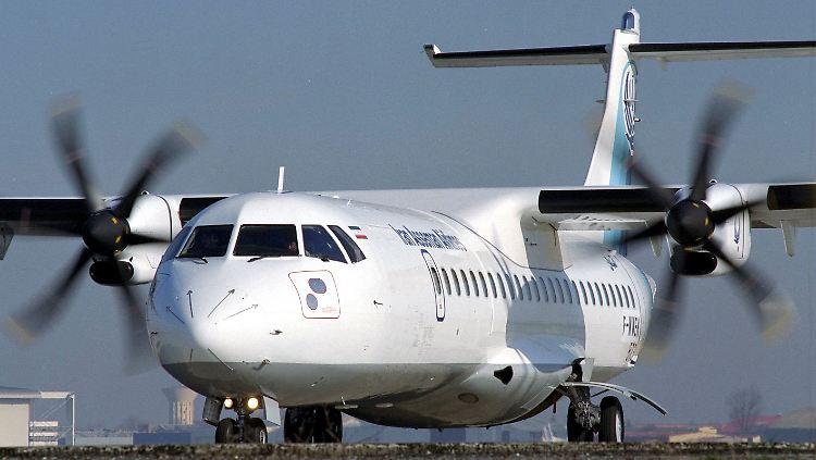 Fünf von insgesamt 20 Flugzeugen landeten in Teheran. Sie sind für die staatliche Fluggesellschaft Iran Air bestimmt.