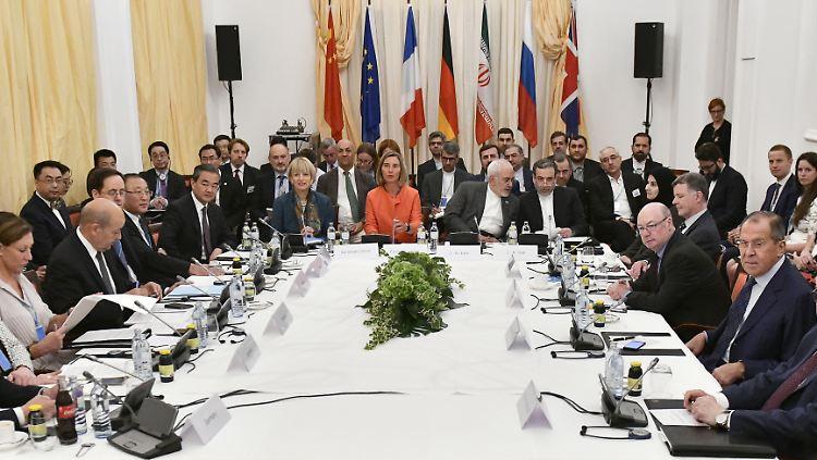 Die internationalen Außenminister sehen sich
