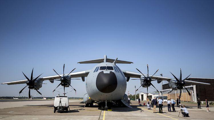 Spezial Flughafen Bei Hannover A400m Militärbasis Kostet 750
