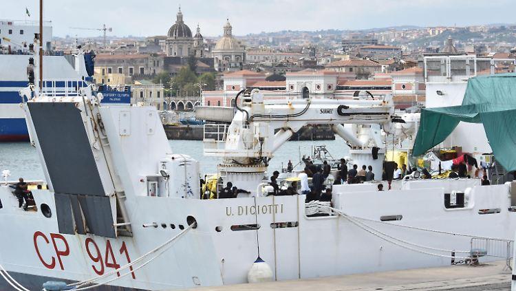 20 der Flüchtlinge, die in Italien von Bord der Diciotti gingen, sollen nach Albanien geschickt werden.