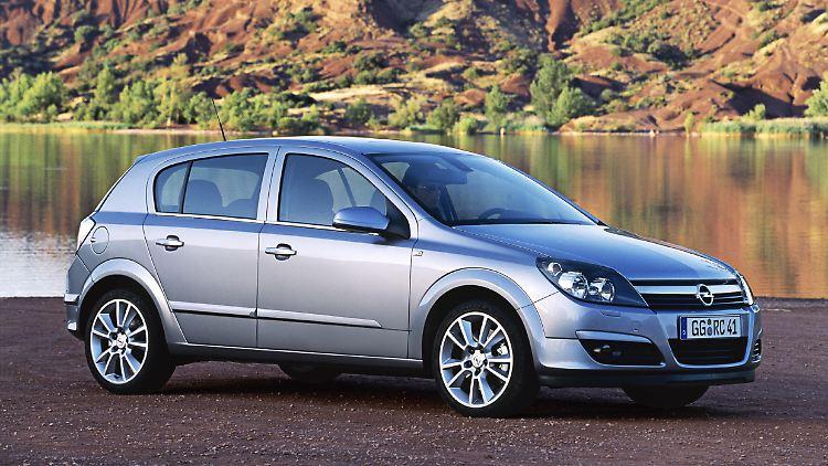 Opel-Astra-5dr-72863.jpg