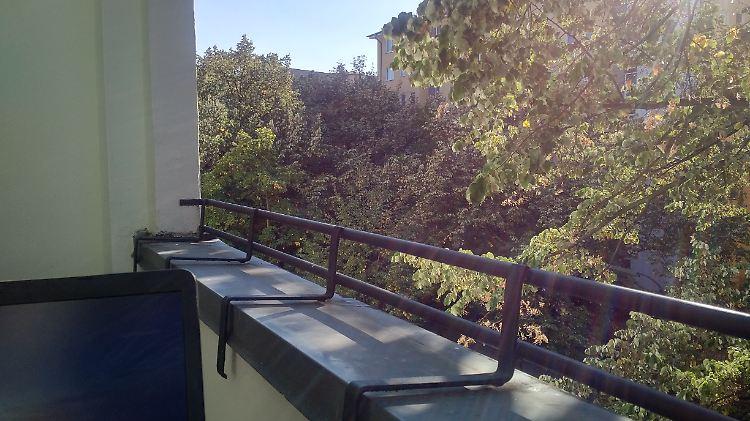 Aus Der Schmoll Ecke Die Blöde Fotze Unter Meinem Balkon N Tvde