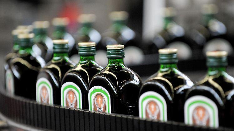 Qualifiziert 3 X Alte Grüne Weinflaschen Vor 1945 Flaschen & Gefäße
