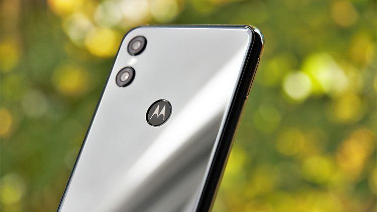 Motorola One 1.jpg